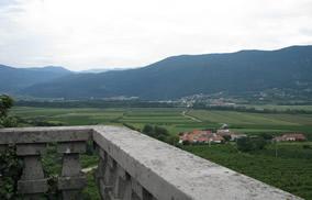 pogled na Vipavo z gradu v Ložah